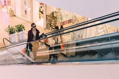 Shoppings - Cinemas